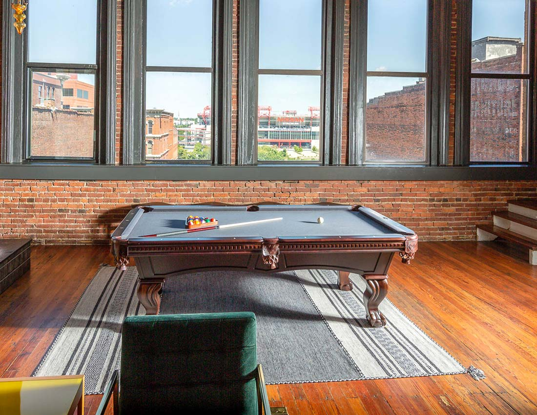 printers alley deluxe penthouse stadium view