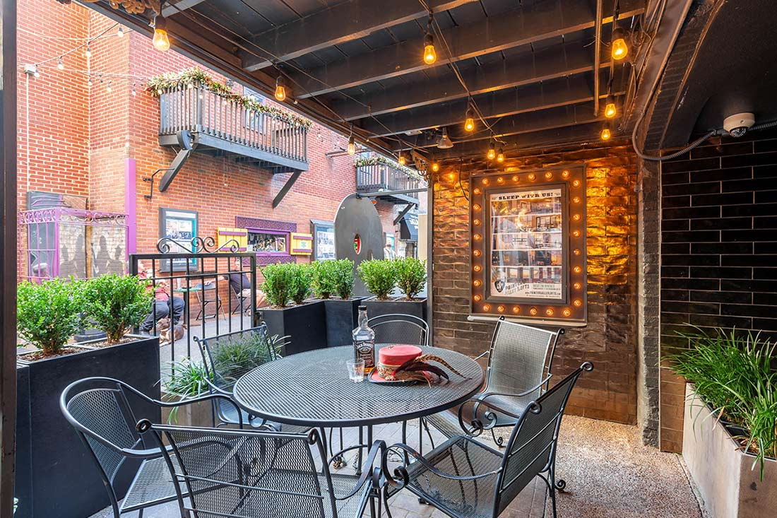 printers alley lofts main entrance patio