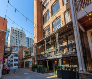 printers alley lofts front entrance nashville tn